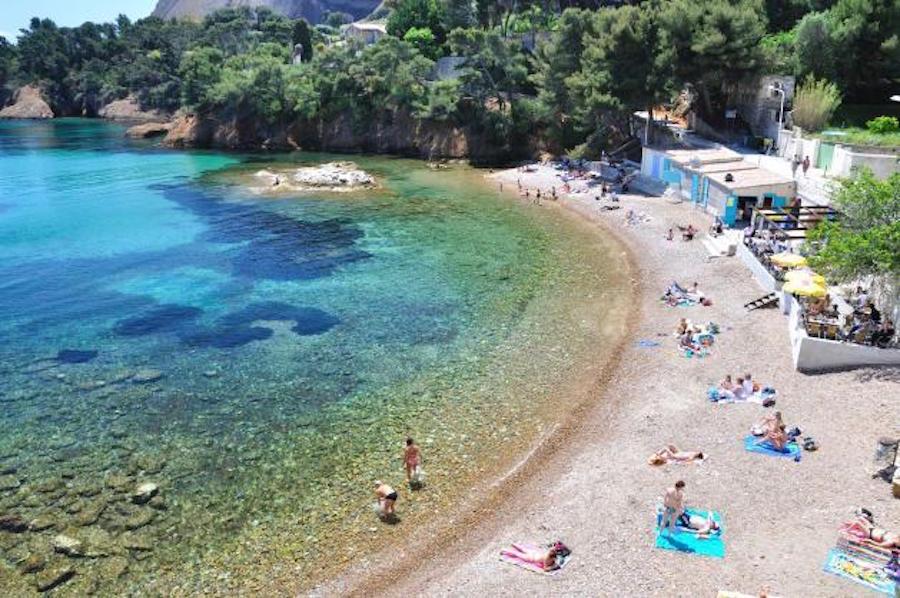 Calanque du Mugel et sa plage à La Ciotat