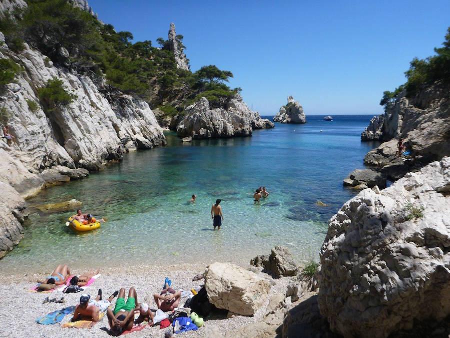 Les plus belles plages de Marseille   Informations Calanques
